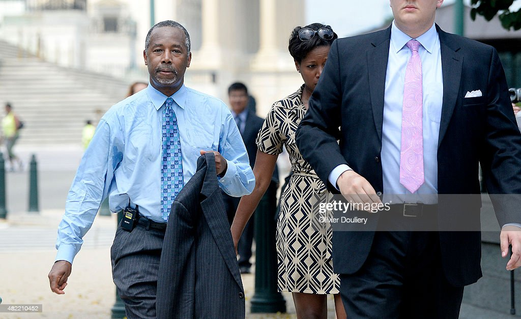 Republican presidential candidate Dr. Ben Carson attends a anti-abortion rally opposing federal funding for Planned Parenthood in front of the U.S. Capitol July 28, 2015 in Washington, DC. Planned Parenthood faces mounting criticism amid the release of videos by a pro-life group and demands to vote in the Senate to stop funding.