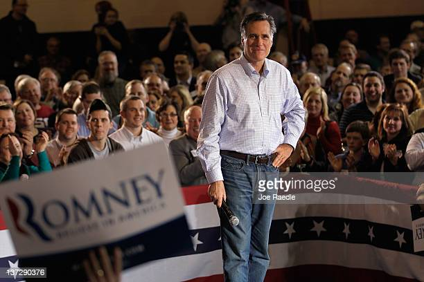 Republican presidential candidate former Massachusetts Gov Mitt Romney speaks during a campaign stop at Seven Oaks Park on January 18 2012 in Irmol...