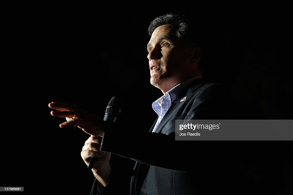 Republican presidential candidate, former Massachusetts Gov. Mitt Romney delivers a speech during a grassroots rally with supporters at Lake Sumter Landing on January 30, 2012 in The Villages, Florida. Romney is campaigning across the state ahead of the January 31 Florida primary.