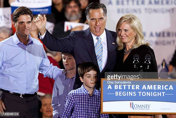 Republican presidential candidate former Massachusetts Gov Mitt Romney his wife Ann Romney his son Tagg Romney and some of his grandchildren wave to...