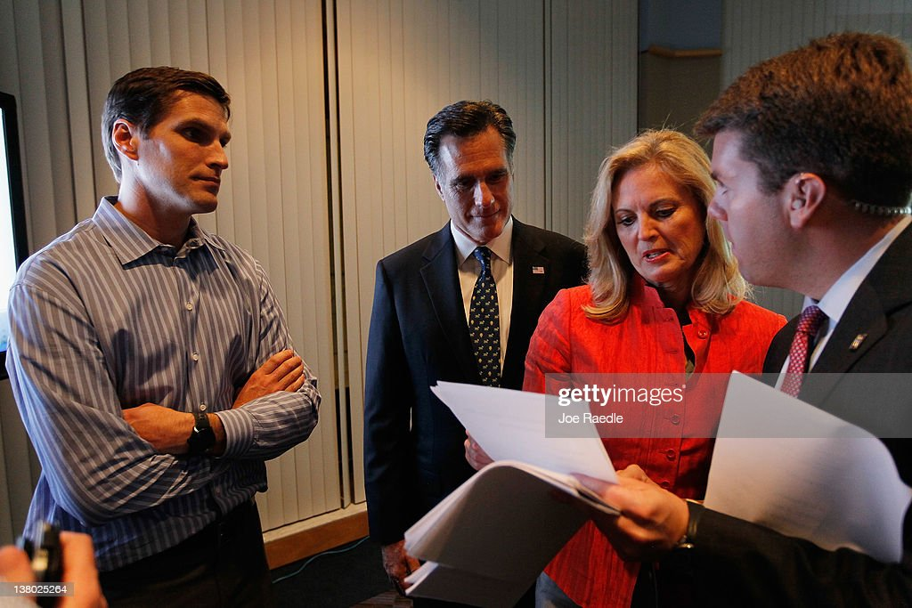 Mitt Romney Holds Florida Primary Night Party In Tampa
