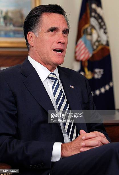 Republican presidential candidate former Massachusetts Gov Mitt Romney meets with Former President George HW Bush and Barbara Bush at Bush's office...