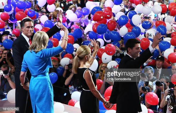 Republican presidential candidate former Massachusetts Gov Mitt Romney with his wife Ann Romney along with Republican vice presidential candidate US...
