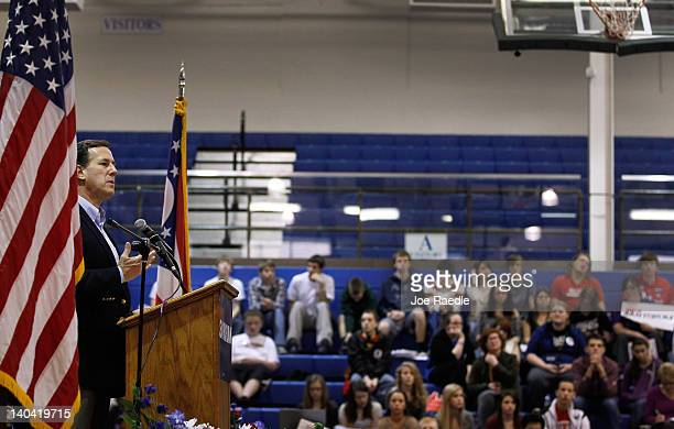 Republican presidential candidate former US Sen Rick Santorum speaks during a campaign stop at Chillicothe High School on March 2 2012 in Chillicothe...