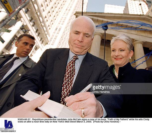 Meghan Mccain Faith: Cindy Mccain Stock Photos And Pictures
