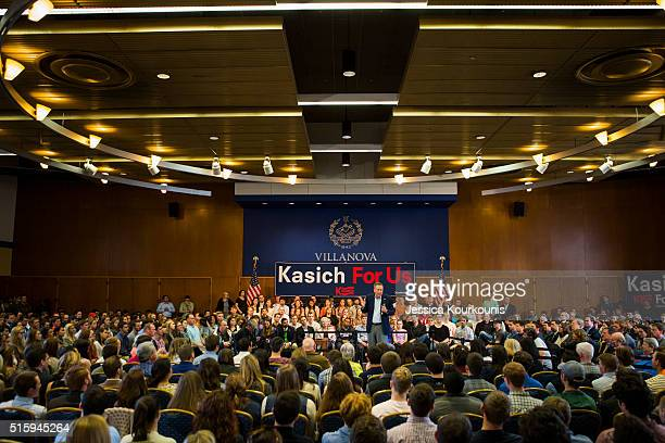 Republican presidential candidate Ohio Gov John Kasich speaks at a town hall meeting at Villanova University on March 16 2016 in Villanova...