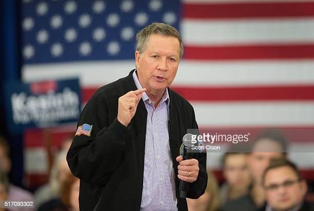 Republican presidential candidate Ohio Gov John Kasich speaks at a campaign rally at the Crowne Plaza Milwaukee West hotel on March 23 2016 in...