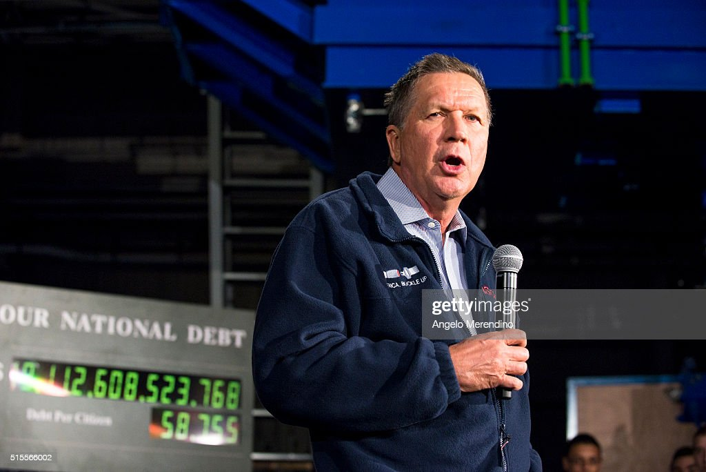 Republican presidential candidate Ohio Gov. John Kasich speaks to supporters at a town hall meeting at Brilex Industries, Inc. on March 14, 2016 in Youngstown, Ohio. The campaign stop comes less than 24 hours before polls open in Ohio's winner-take-all primary election.