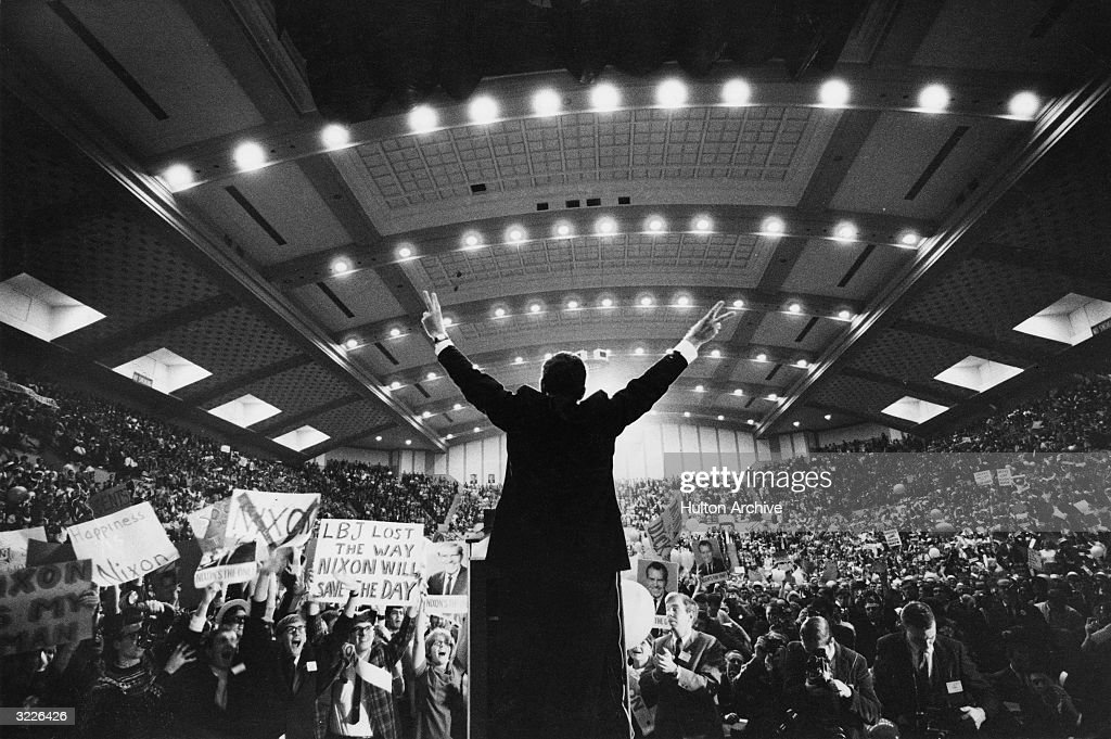 Nixon Campaigns : News Photo