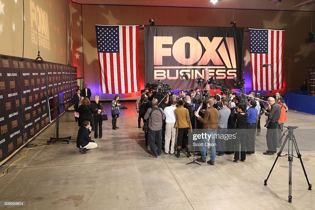 GOP Presidential Candidates Debate In Charleston : News Photo