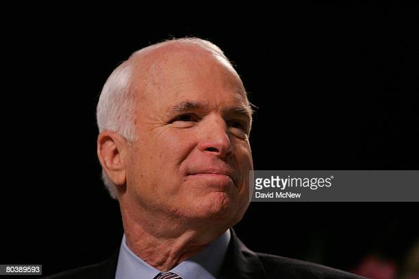 Republican presidential candidate Sen. John McCain gives an address to the Los Angeles World Affairs Council March 26, 2008 in Los Angeles,...
