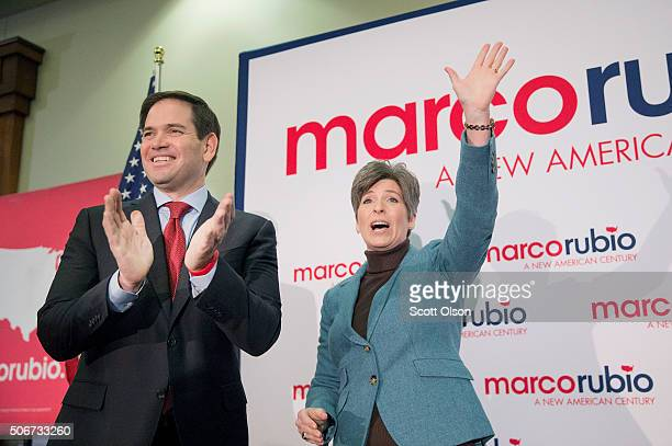 Republican presidential candidate Sen. Marco Rubio campaigns with Sen. Joni Ernst at a rally on January 25, 2016 in Des Moines, Iowa. Rubio is in...