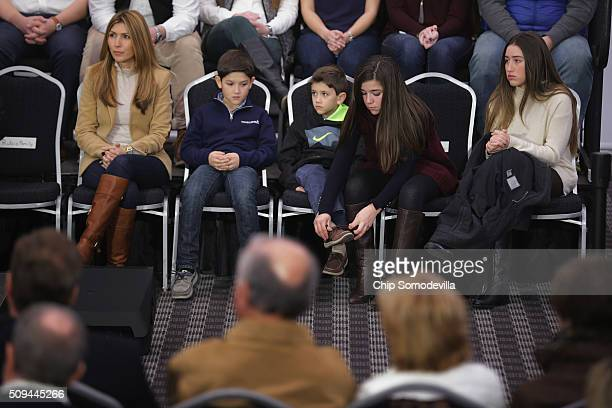Republican presidential candidate Sen Marco Rubio's family wife Jeanette and children Anthony Dominick Daniella and Amanda attend a campaign rally at...