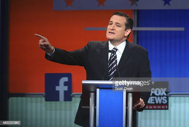 Republican presidential candidate Sen Ted Cruz fields a question during the first Republican presidential debate hosted by Fox News and Facebook at...