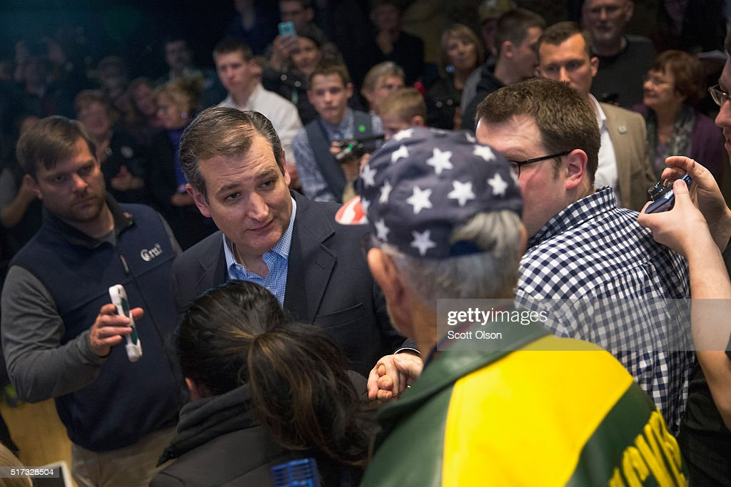 Republican presidential candidate Sen. Ted Cruz (R-TX) greets guests during a campaign stop at the Armory on March 24, 2016 in Janesville, Wisconsin. Wisconsin voters go to the polls for the state's primary on April 5.