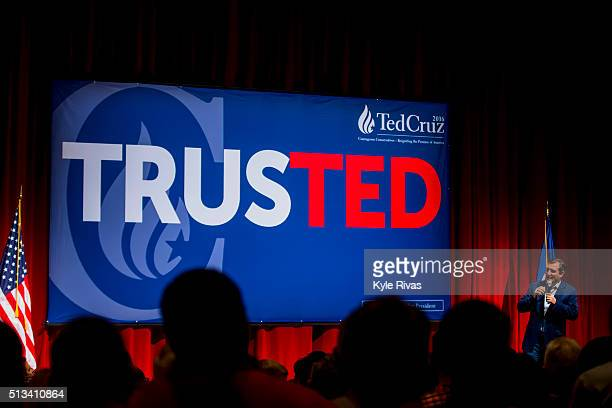 Republican presidential candidate Sen Ted Cruz holds a campaign rally ahead of the Kansas caucuses at Yardley Hall on the campus of Johnson County...