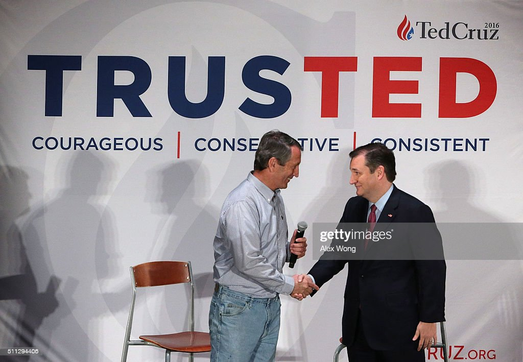 Ted Cruz Campaigns Across South Carolina One Day Before Primary : News Photo