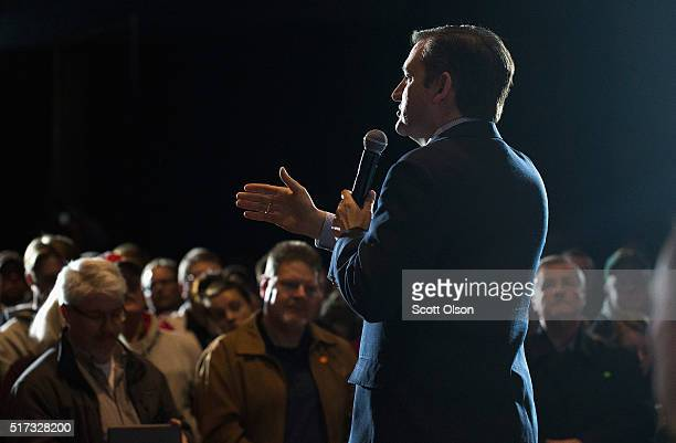 Republican presidential candidate Sen Ted Cruz speaks to guests during a campaign stop at the Armory on March 24 2016 in Janesville Wisconsin...