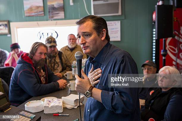 Republican Presidential candidate Ted Cruz visits Lino's Restaurant while campaigning on a bus trip in the early primary state of New Hampshire