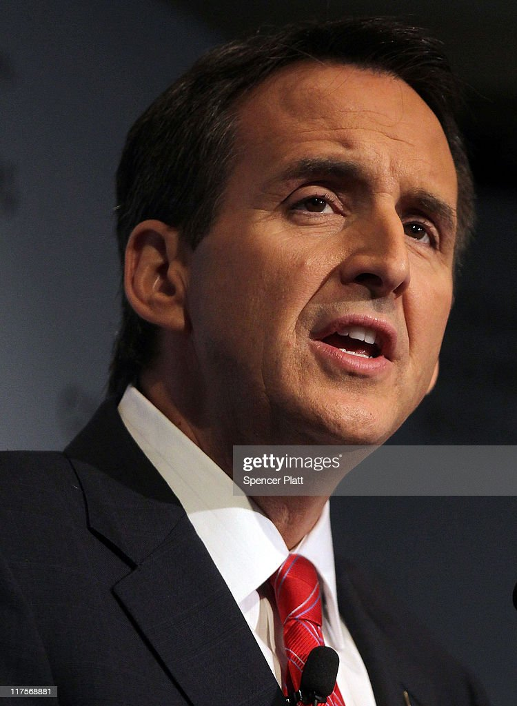 Republican Presidential Candidate Tim Pawlenty Gives Foreign Policy Address