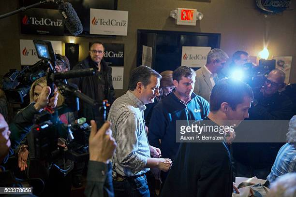 Republican presidential candidate US Sen Ted Cruz visits Charlie's Steakhouse on January 4 2016 in Carroll Iowa Cruz began a sixday bus tour of Iowa...