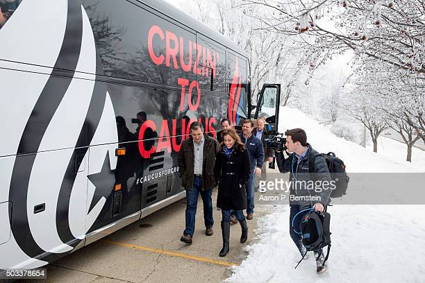 Republican presidential candidate US Sen Ted Cruz walks into a campaign event at Charlie's Steakhouse on January 4 2016 in Carroll Iowa Cruz began a...