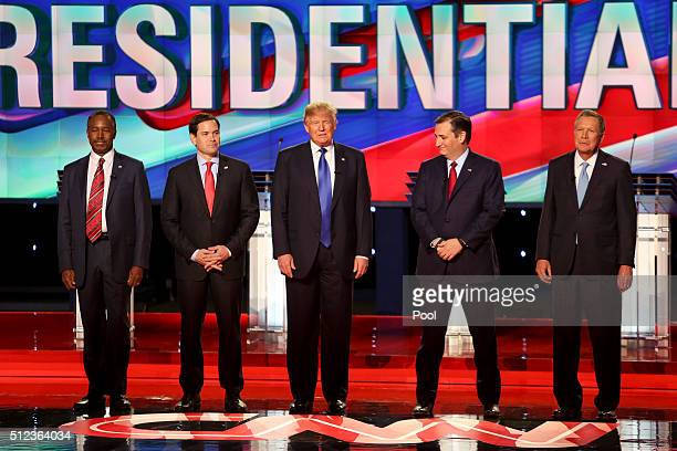Republican presidential candidates Ben Carson Sen Marco Rubio Donald Trump Sen Ted Cruz and Ohio GovJohn Kasich stand before a debate at the Moores...