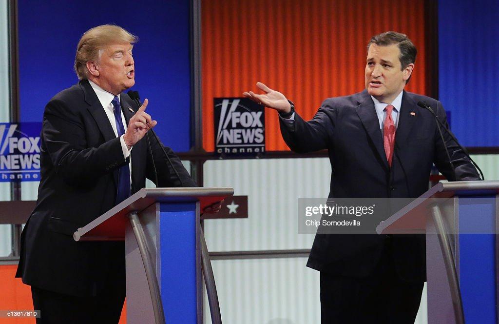 GOP Presidential Candidates Debate In Detroit : News Photo