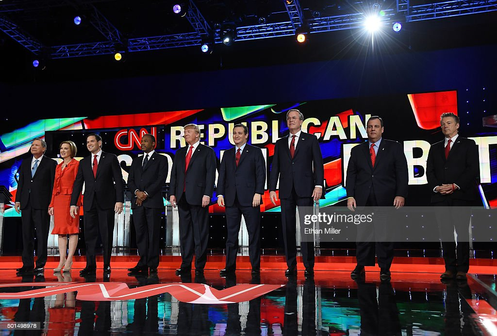 Republican presidential candidates (L-R) Ohio Gov. John Kasich, Carly Fiorina, Sen. Marco Rubio (R-FL), Ben Carson, Donald Trump, Sen. Ted Cruz (R-TX), Jeb Bush, New Jersey Gov. Chris Christie and Sen. Rand Paul (R-KY) are introduced during the CNN presidential debate at The Venetian Las Vegas on December 15, 2015 in Las Vegas, Nevada. Thirteen Republican presidential candidates are participating in the fifth set of Republican presidential debates.