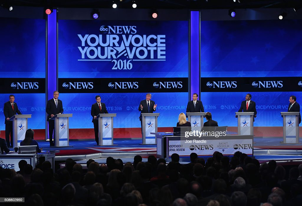 Republican Candidates Debate In New Hampshire Days Before State's Primary : News Photo
