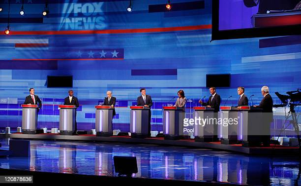 Republican presidential candidates pictured former Pennsylvania Sen Rick Santorum businessman Herman Cain Rep Ron Paul RTexas former Massachusetts...