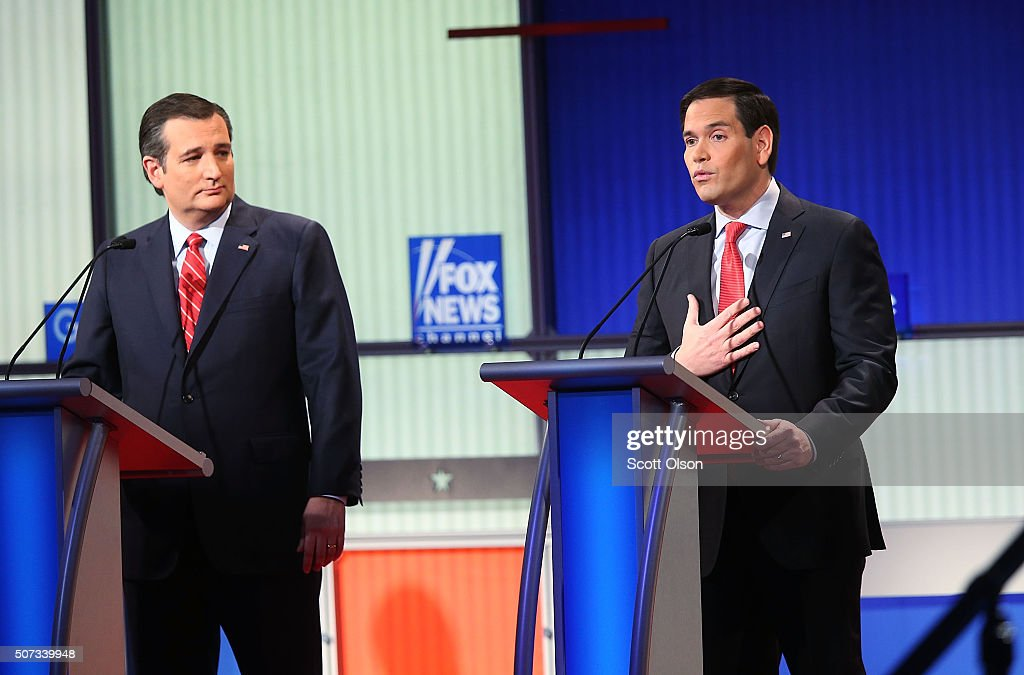 Republican Presidential Candidates Debate In Iowa Days Before State's Caucus : News Photo
