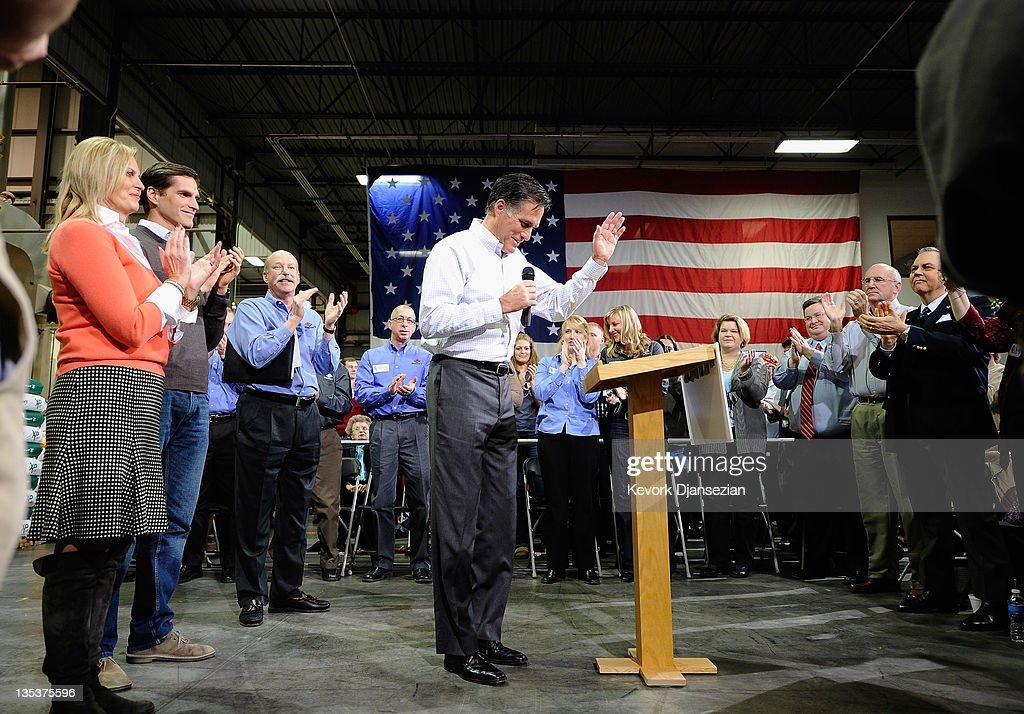 Republican Presidential Hopeful Mitt Romney Holds Town Hall In Cedar Rapids, Iowa