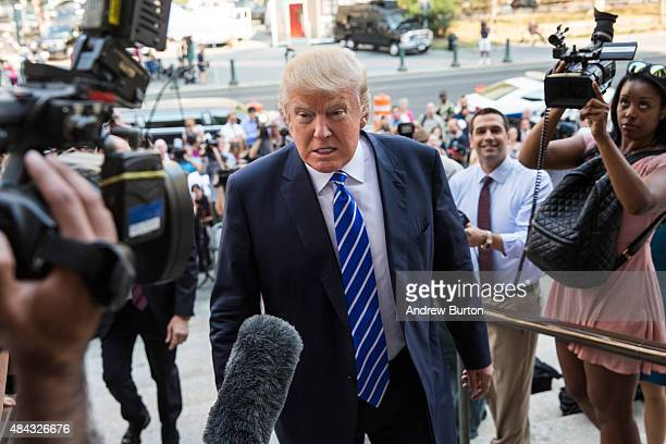 23 Donald Trump Reports For Jury Duty In Manhattan Pictures, Photos