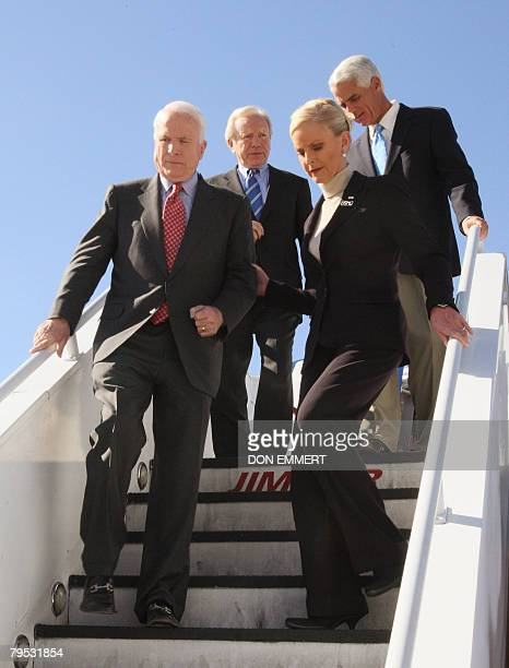 Republican Presidential hopeful John McCain with his wife Cindy Independent US Senator Joe Lieberman and Florida Governor Charlie Crist arrives...