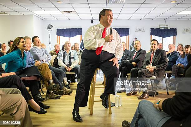 Republican presidential hopeful New Jersey Governor Chris Christie speaks at the Epping American Legion on February 2 2016 in Epping New Hampshire...