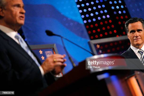 Republican presidential hopefuls former US Sen Fred Thompson and former Massachusetts Gov Mitt Romney participate in a televised debate at the Myrtle...