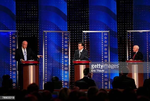 Republican presidential hopefuls former US Sen Fred Thompson former Massachusetts Gov Mitt Romney and Sen John McCain participate in a televised...