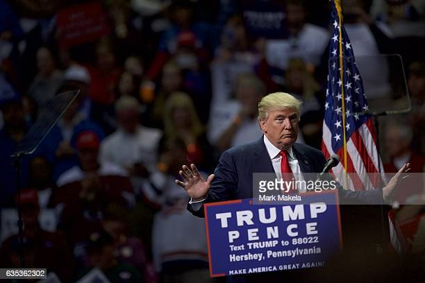 Republican Presidential nominee Donald J. Trump holds a rally at Giant Center November 4, 2016 in Hershey, Pennsylvania. Polls have narrowed in the...