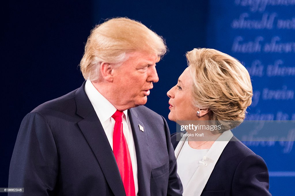 Hillary Clinton and Donald Trump Debate in St. Louis : News Photo