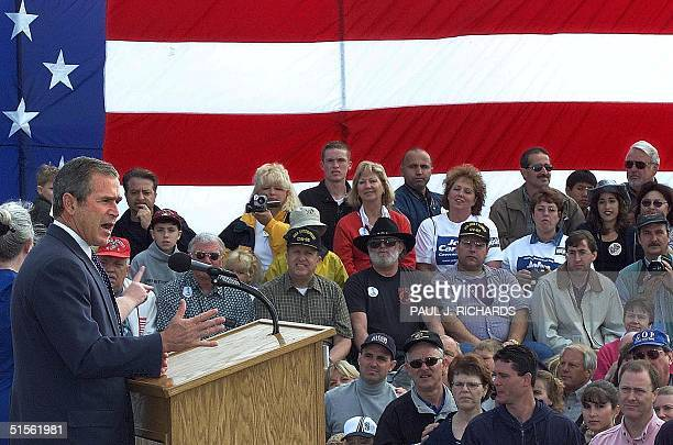 Republican presidential nominee George W Bush delivers an address 12 August 2000 in Everett on the Puget Sound in Washington state AFP PHOTO/Paul J...