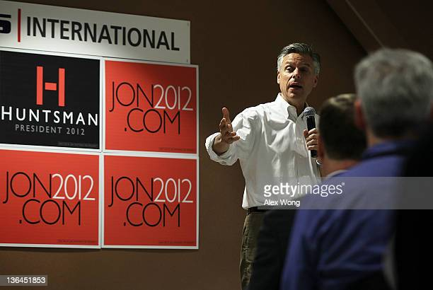 Republican presidential presidential candidate former Utah Gov Jon Huntsman speaks to employees during a campaign stop at Goss International January...