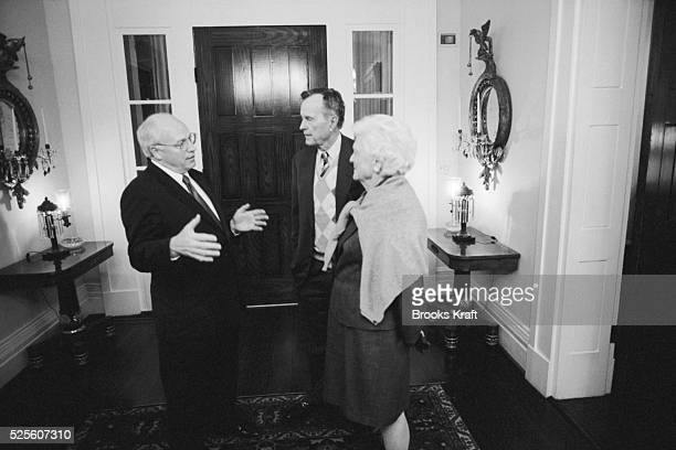 Republican vice presidential candidate Dick Cheney converses with former President George Bush Sr and former First Lady Barbara Bush Cheney is George...