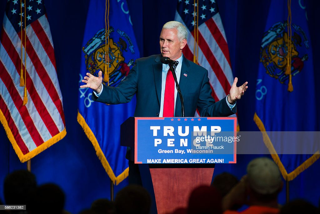 Republican Presidential Candidate Donald Trump Holds Rally In Green Bay, Wisconsin : News Photo