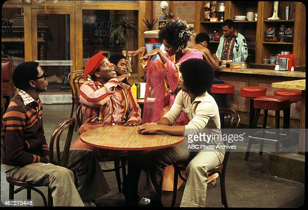"Rerun Sees the Light"" - Airdate: February 11, 1978. L-R: ERNEST THOMAS;FRED BERRY;JONELLE ALLEN;HAYWOOD NELSON"