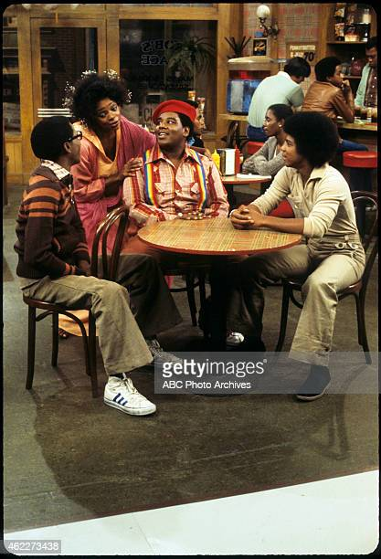 "Rerun Sees the Light"" - Airdate: February 11, 1978. L-R: ERNEST THOMAS;JONELLE ALLEN;FRED BERRY;HAYWOOD NELSON"