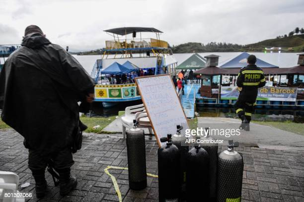 Rescue efforts are carried out after the tourist boat 'Almirante' sank in the Reservoir of Penol in Guatape municipality in Antioquia northwestern...