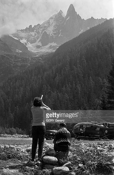 Rescue On The Needle Of Dru Of Schriddel And Ramisch France ChamonixmontBlanc 24 aout 1966 Sauvetage de deux alpinistes allemands bloqués pendant...