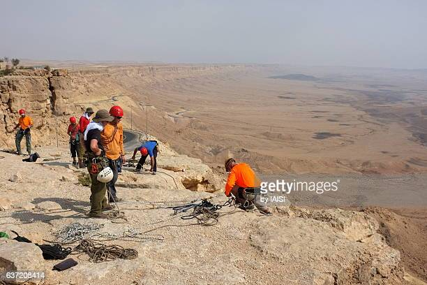 A rescue team at Ramon crater