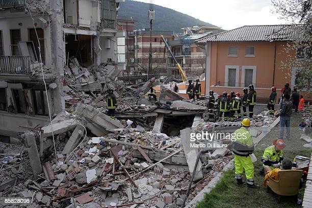 2009年ラクイラ地震 画像と写真 ...